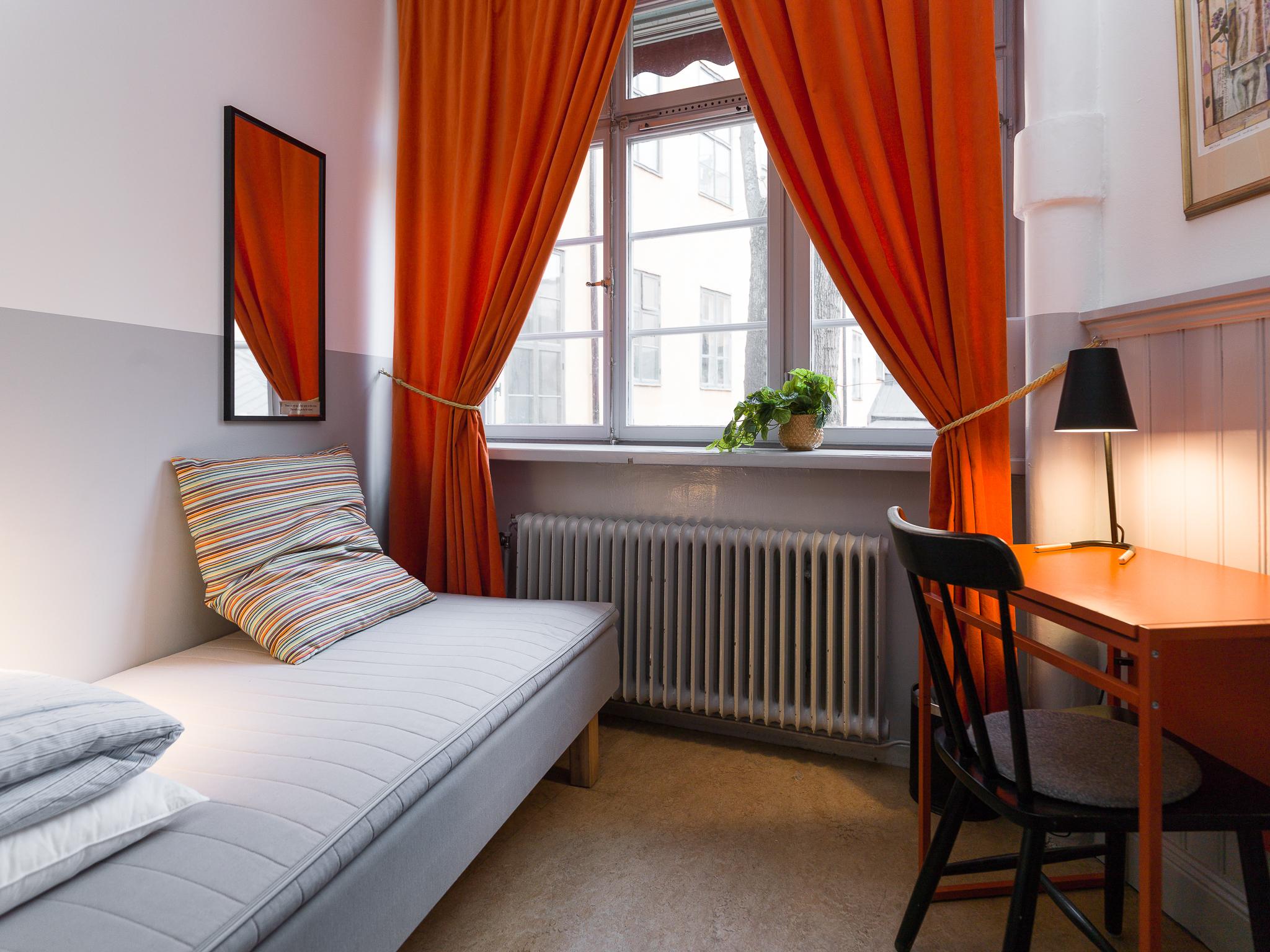 Single-room-HBL12618